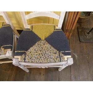 6 chaises en paille enrobée de trois tissus assortis 3