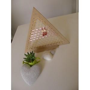 Porte-bijoux Triangles canne de rotin ruban